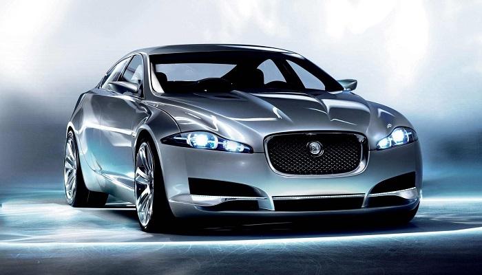Дерзкий и послушный Jaguar XKR